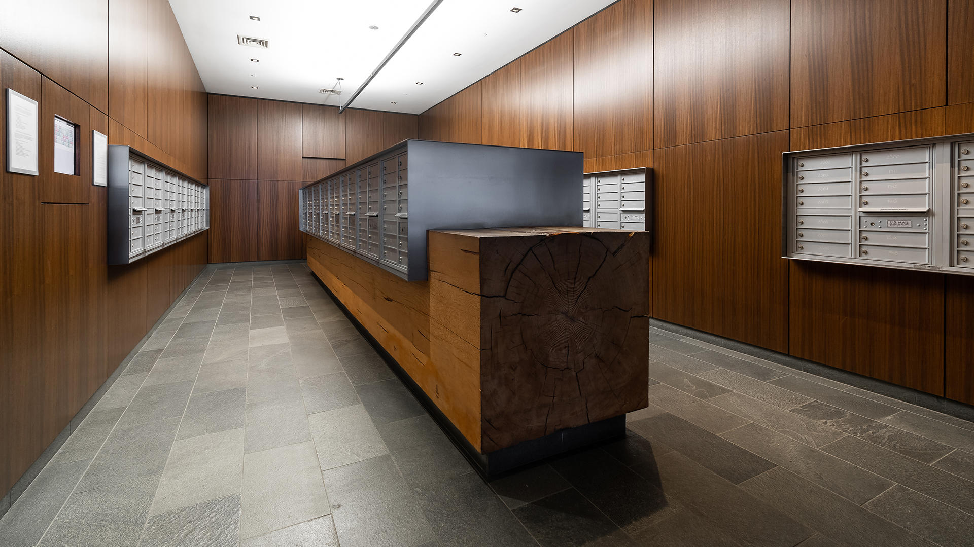 455 w 37th st lobby mailroom