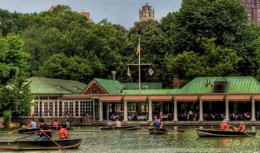 Romantic Things To Do In NYC: The Loeb Boathouse in Central
