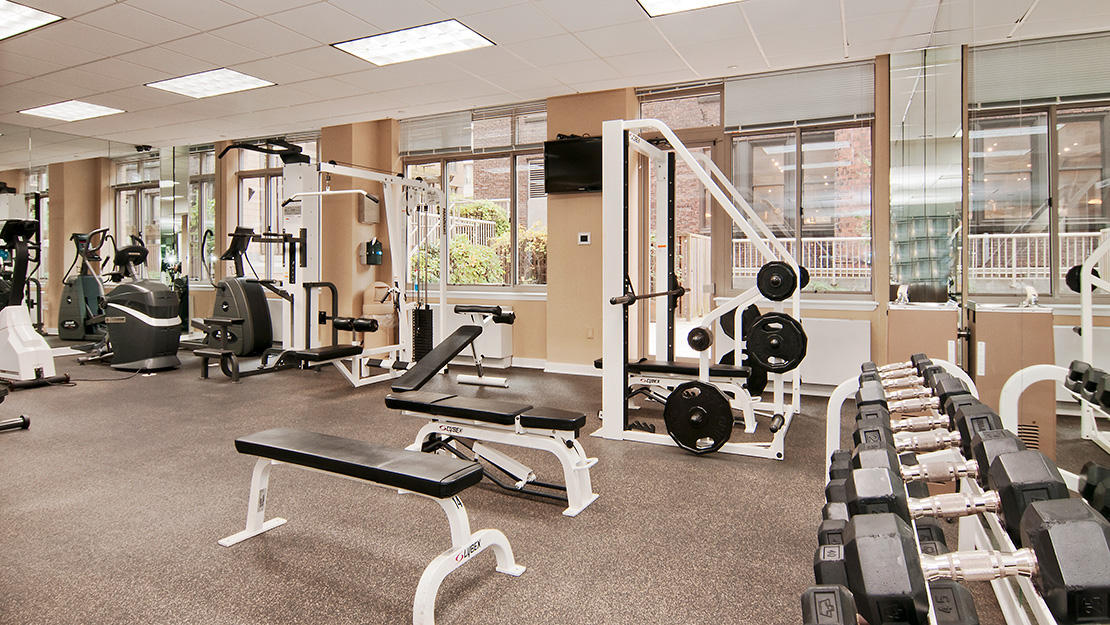 200 w 26th st chelsea centro free weights